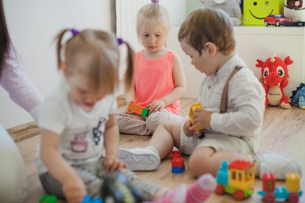 La crèche «Les Petits Pas» s'initie à la communication gestuelle