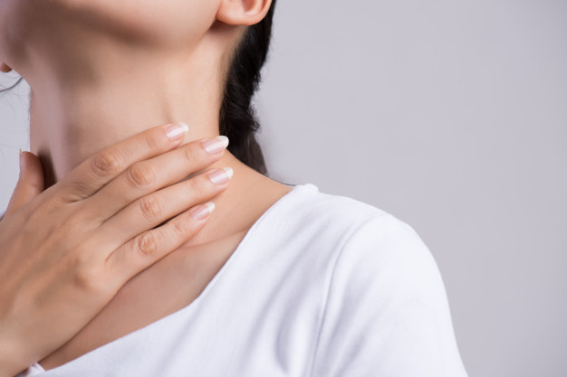 Mal de gorge et irritation : quand faut-il consulter ?